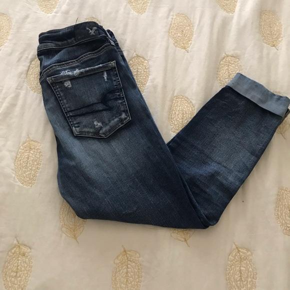 American Eagle cropped denim jeans